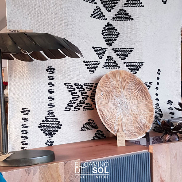 Arredare le pareti di casa con arazzi e tappeti | EL CAMINO DEL SOL